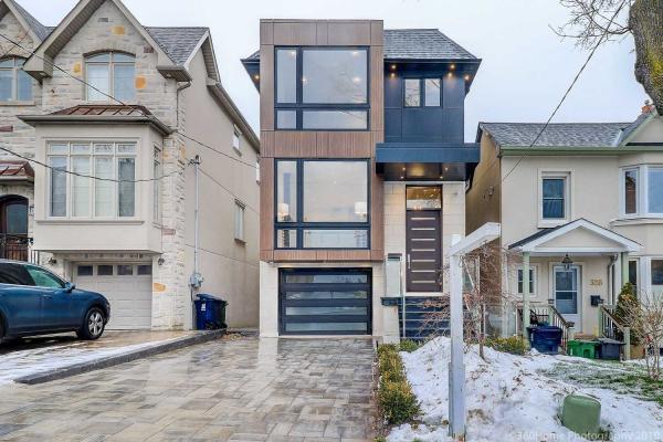 330 Roselawn Ave, Toronto