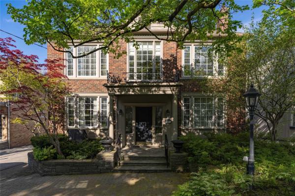 529 Spadina Rd, Toronto