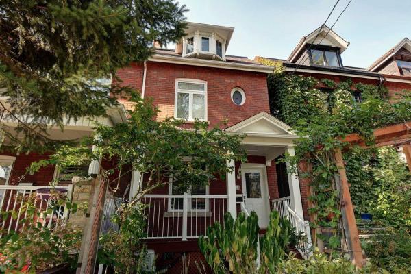 240 Dovercourt Rd, Toronto
