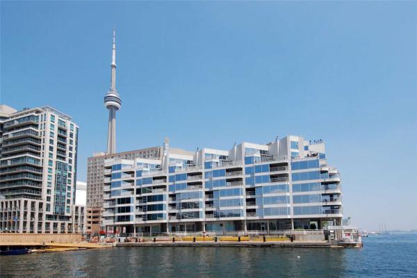 401 Queens Quay W, Toronto