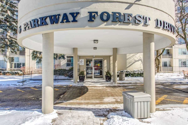 5 Parkway Forest Dr, Toronto