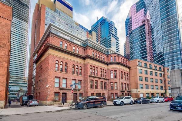 11 St Joseph St, Toronto