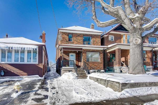 470 Oakwood Ave, Toronto