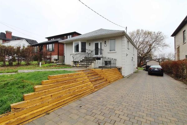 163 Burndale Ave, Toronto