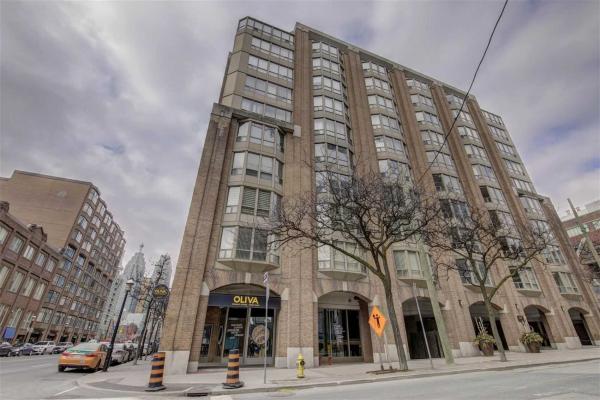 160 Frederick St, Toronto