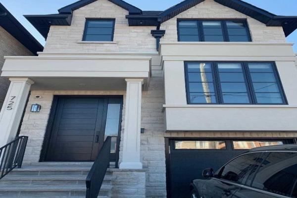 725 Glencairn Ave, Toronto