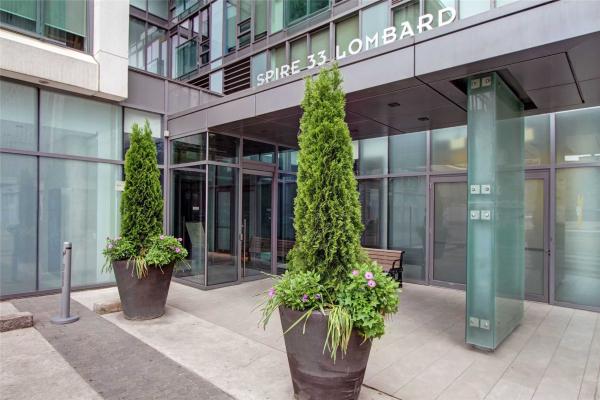 33 Lombard St, Toronto