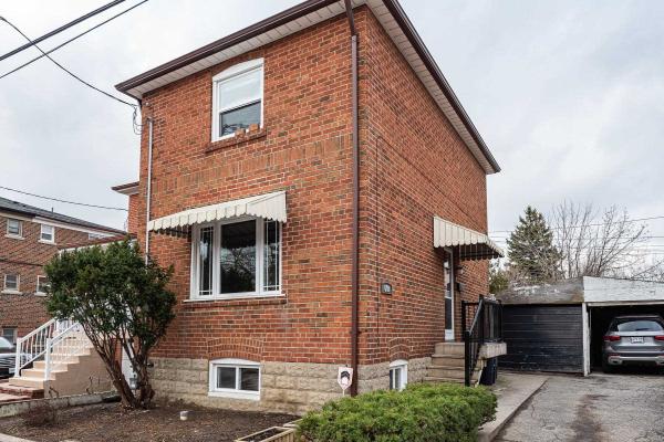 698 Winona Dr, Toronto