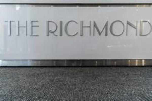 313 Richmond St, Toronto