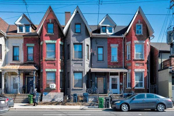 461 Bathurst St, Toronto