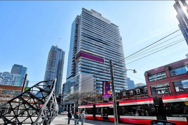 375 King St W, Toronto