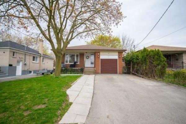 67 Madawaska Ave, Toronto
