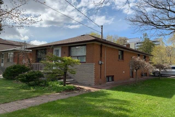 38 Nipigon Ave, Toronto