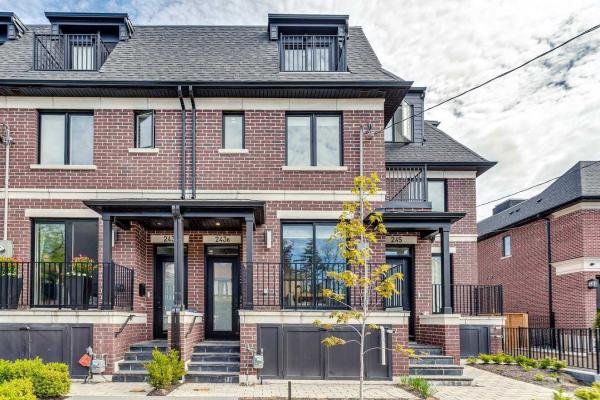 243 Lytton Blvd, Toronto