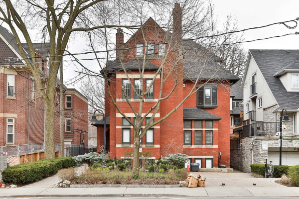 228 St George St, Toronto