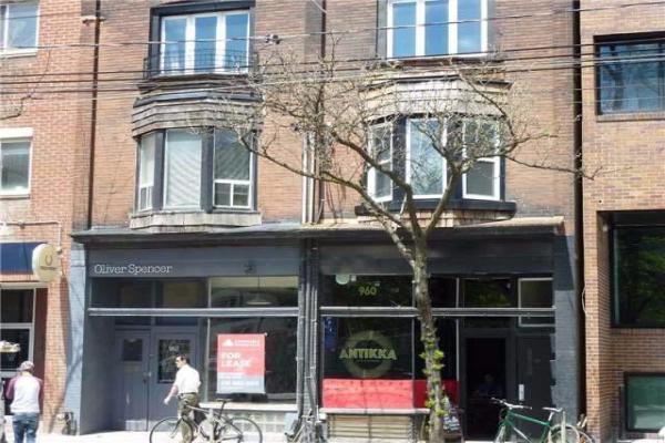 960 Queen St W, Toronto