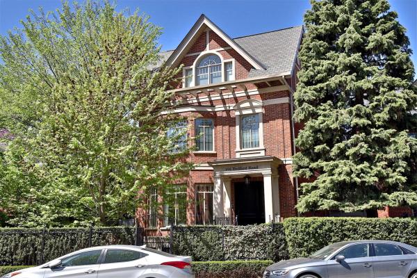 146 Bedford Rd, Toronto