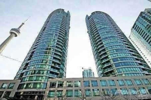373 Front St W, Toronto