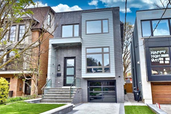 112 Albertus Ave, Toronto