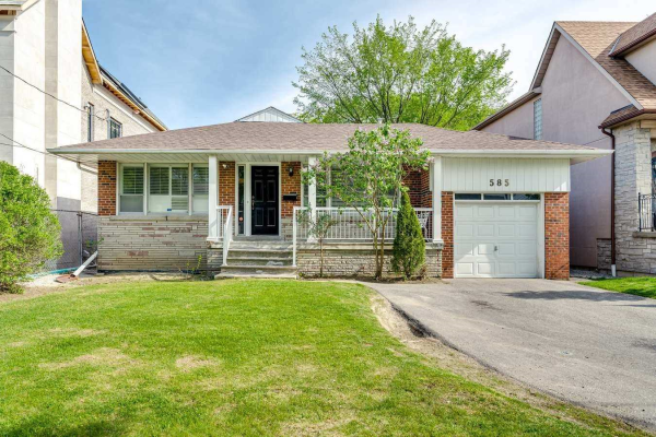 585 Old Orchard Grve, Toronto