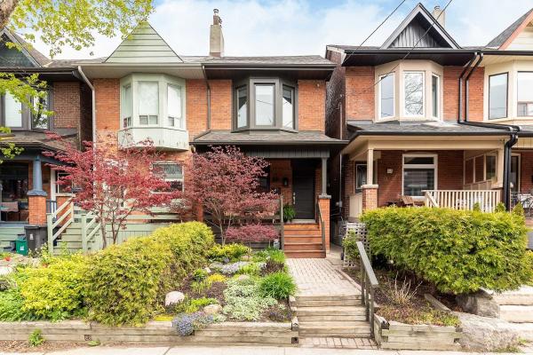 60 Marchmount Rd, Toronto