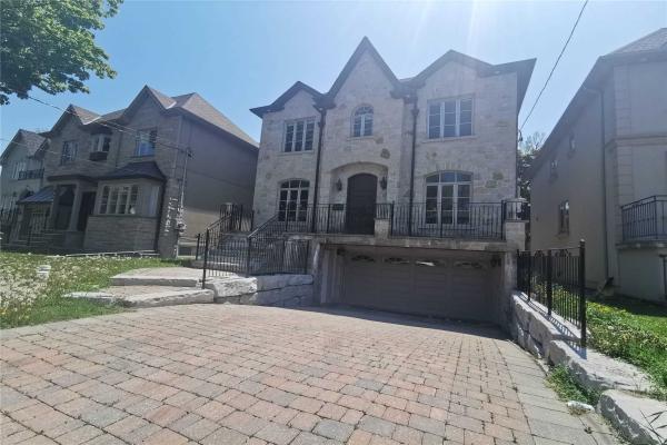 517 Glengarry Ave, Toronto