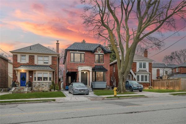 104 Southvale Dr, Toronto