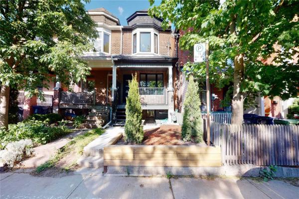 689 Markham St, Toronto