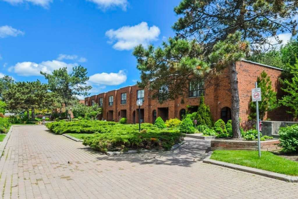 296 Torresdale Ave, Toronto