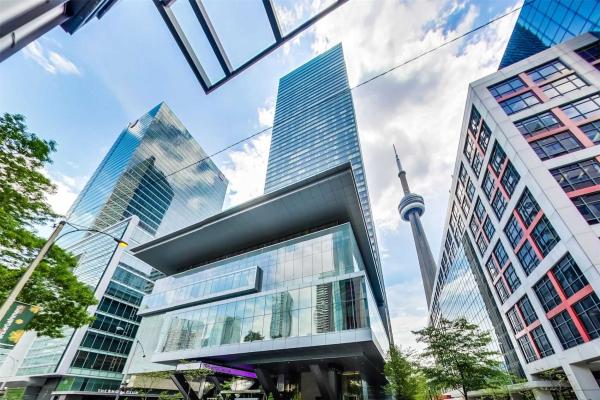 183 Wellington St W, Toronto