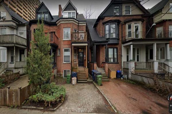 61 Sussex Ave, Toronto
