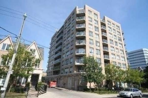 140 Bathurst St, Toronto