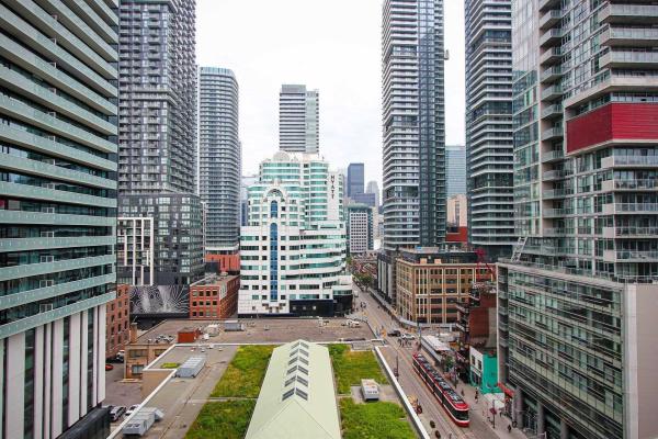8 Charlotte St, Toronto