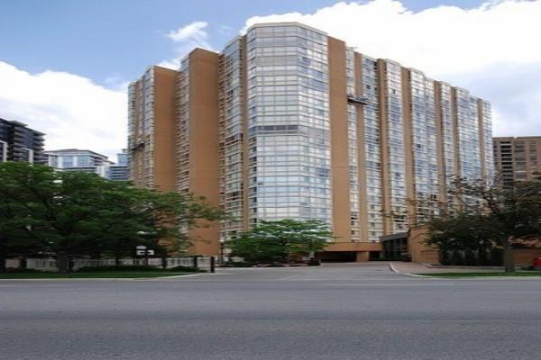 131 Beecroft Rd, Toronto