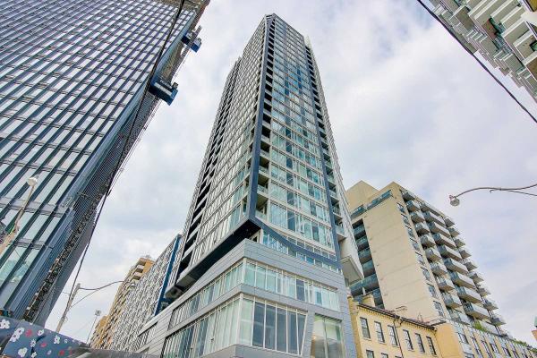 68 Shuter St N, Toronto