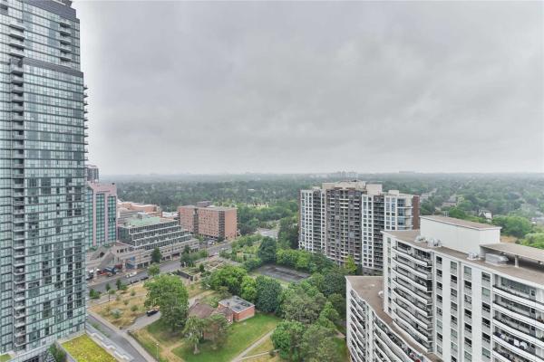 5180 Yonge St, Toronto