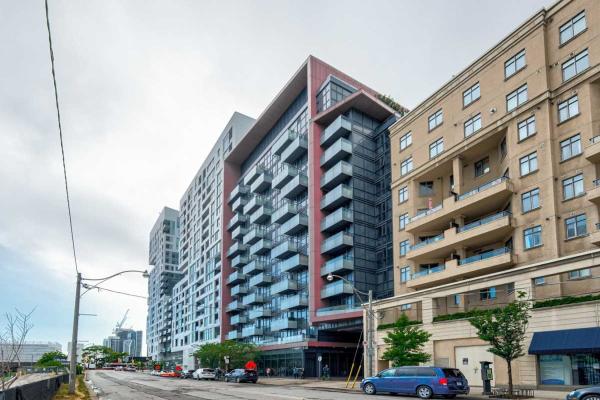560 Front St W, Toronto