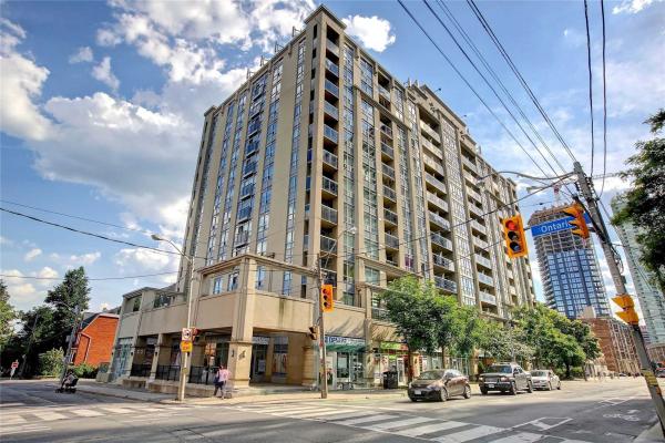 225 Wellesley St E, Toronto