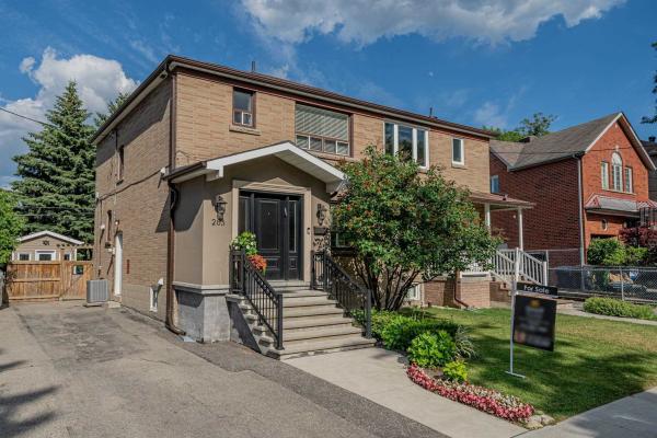 265 Winnett Ave, Toronto