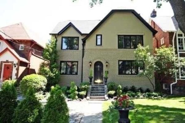 17 Highbourne Rd, Toronto