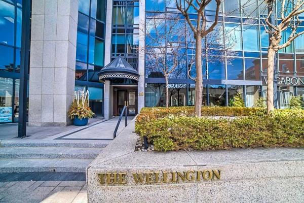 30 Wellington St E, Toronto