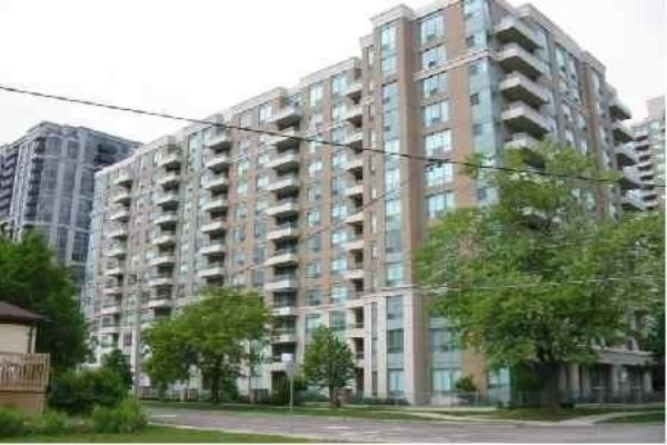 39 Pemberton Ave, Toronto