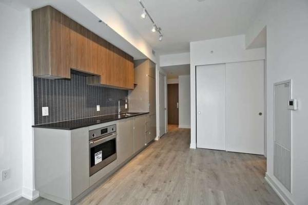 161 Roehampton Ave, Toronto