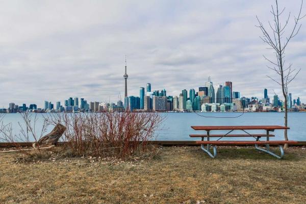 39 Queens Quay, Toronto