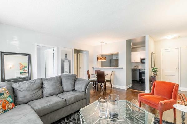 35 Raglan Ave, Toronto