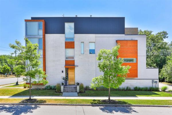 399 Hillcrest Ave, Toronto