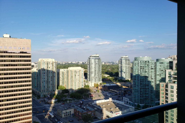 15 Greenview Ave, Toronto