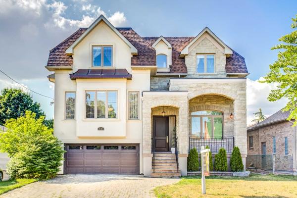 136 Homewood Ave, Toronto