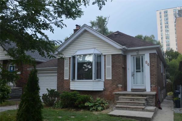 84 Fairleigh Cres, Toronto