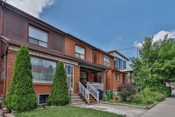 496 Oakwood Ave, Toronto